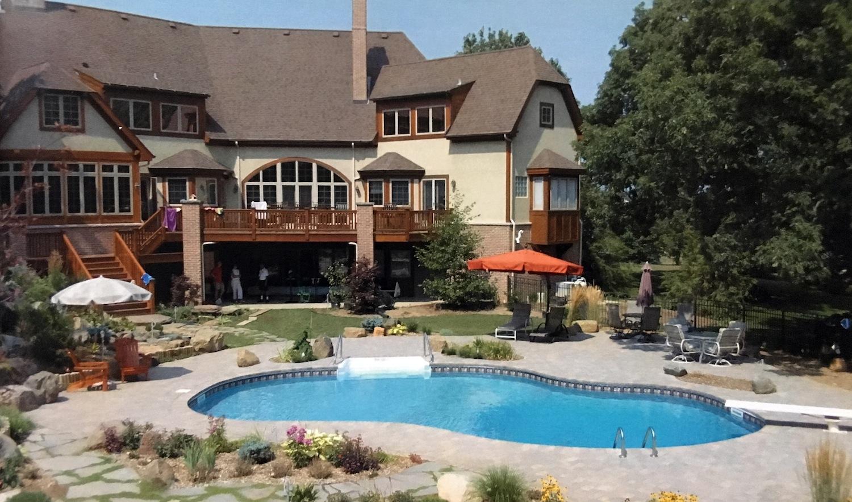 mountain-lake-pool-design